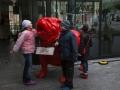 Дети нашли красного бульдога. Гент